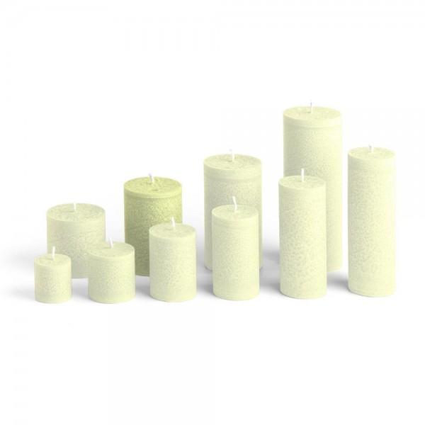 E09522 - Blockkerze lindengrün, Durchmesser 65mm, Höhe 95mm