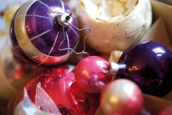 912180 - Macrocard antike weihnachtskugeln