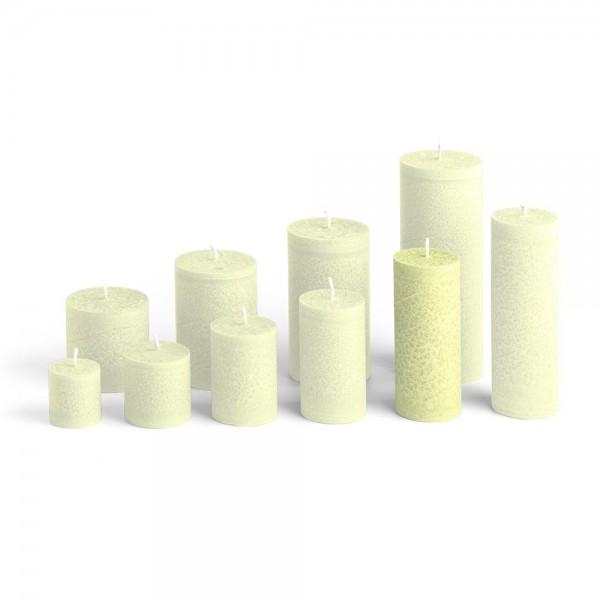 D12022 - Blockkerze lindengrün, Durchmesser 50mm, Höhe 120mm