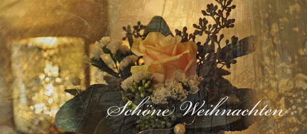 910660 - Windlichtkarte: Schöne Weihnachten (Blumengesteck)